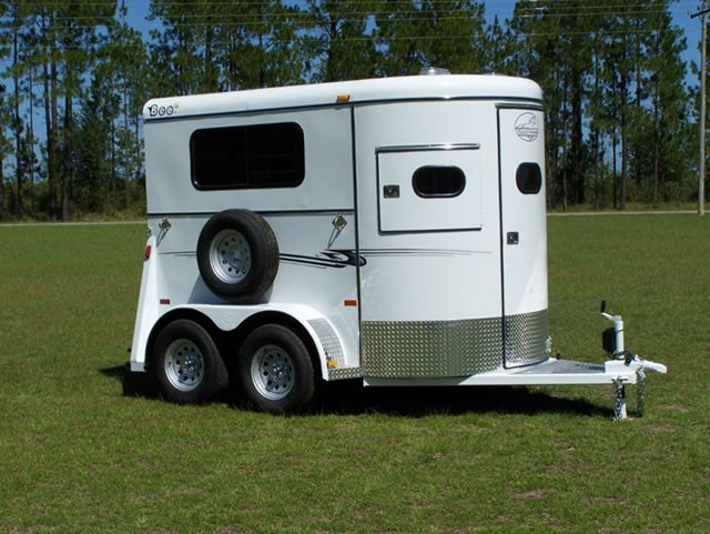2 Horse Super Bee Walk Thru Trailer Bee Horse Trailers