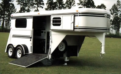 2 Horse Gooseneck Thoroughbred Bee Horse Trailers
